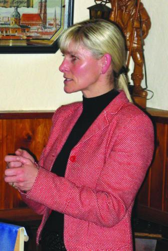 Im Herrgottswinkel ist gut predigen: Bürgermeisterin Petra Betz musste keine der gestellten Fragen wirklich beantworten.Foto:Aigner
