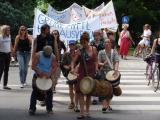 Rund 60 Bewohner demonstrierten am Samstag gegen den Ausverkauf ihres Viertels.