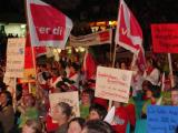 Rund 5.000 Menschen kamen am Dienstag in die Donauarena, um ihrem Ärger Luft zu machen. Foto: Aigner