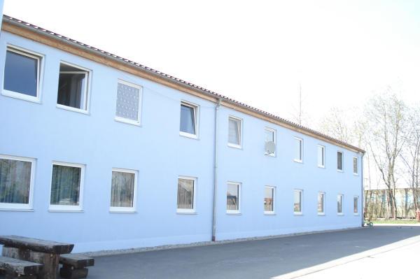 Vorzeige-GU: Das Flüchtlingslager Tirschenreuth.