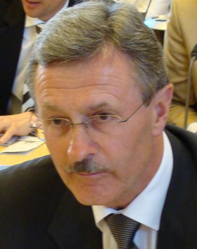 Schwärzte Schmidt bei der ARGE an: Bürgermeister Gerhard Weber.