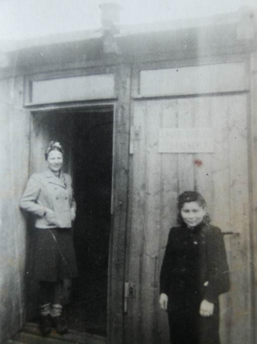 Inna (rechts im Bild) bei Diehl in Nürnberg.