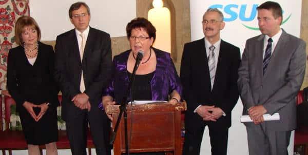 Neujahrsempfang: Landtagspräsidentin Barbara Stamm mit dem Führungspersonal der Regensburg-CSU.