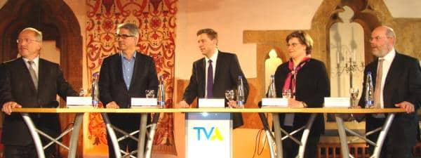 Das Podium im Haus Heuport: Bistumssprecher Neck, Professor Osterheider, Moderator Gottschalk, Monika Halter und Regionalbischof Weiss.