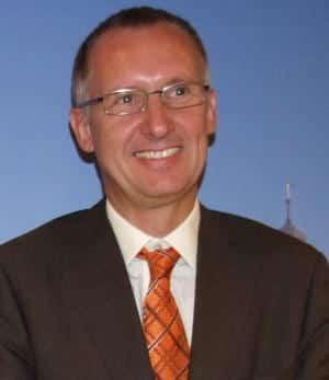 Darf sich über die Verlängerung seines Vertrags freuen: Stadtbau-Chef Joachim Becker. Foto: pm
