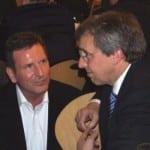 Sind die Zeiten inniger Freundschaft vorbei? CSU-Chef Franz Rieger 2011 mit Wochenblatt-Herausgeber Herbert Zelzer.