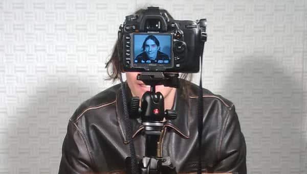 Nachgestellt: Die Aufnahme des über die Presse bekannten Fotos von Tennessee Eisenberg. Foto: Spitzer