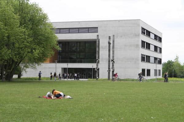 Neuer Ärger an der Universität: Hat der Kanzler bewusst