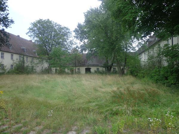 Der Schlangenbau auf dem Gelände der ehemaligen Nibelungenkaserne. Suttner fordert ein Nullemissionskonzept. Foto: Archiv