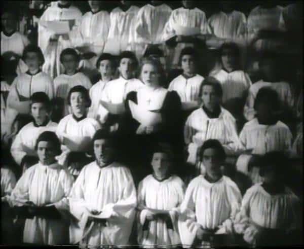 """Domspatzen-Auftritt in Veit Harlans antikatholischem Propagandafilm """"Das unsterbliche Herz"""" 1939."""
