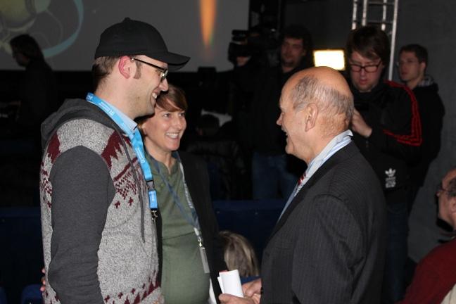 OB Schaidinger im Gespräch mit Insa Wiese und dem Filmemacher Roland Fischer.