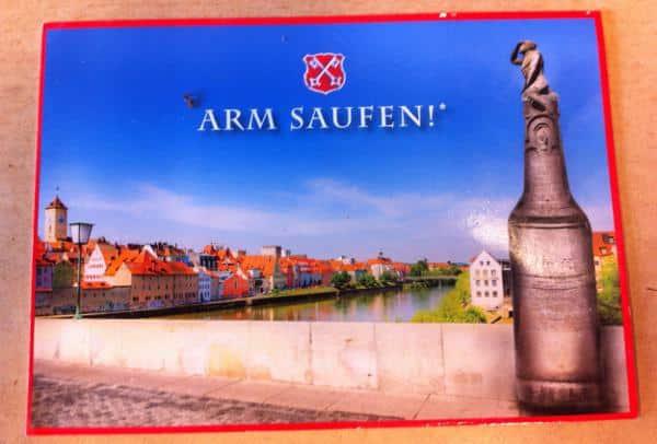 """Eine Postkarte fürs Bruckmandl: """"Nichtalkoholiker und deren Angehörige sind von der Teilnahme ausgeschlossen."""" Postkarte: Kulturreverrat Regensburg"""