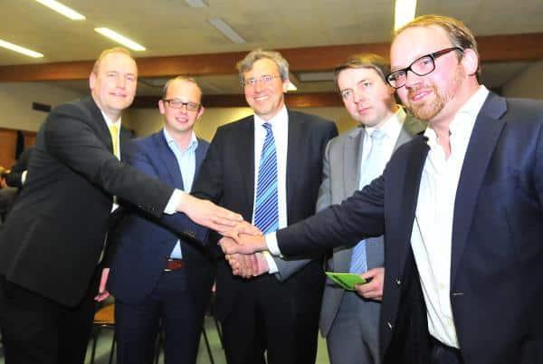 Der neue Kreisvorstand der Regensburger CSU. Preisfrage: Wer auf dem Foto ist Armin Gugau? Fotos: Günther Staudinger