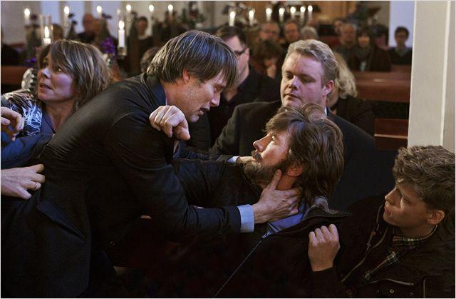 Ruf und Würde von Lukas (Mads Mikkelsen) sind nach den Anschuldigungen des Kindesmissbrauchs ruiniert. Foto: Pretty Pictures