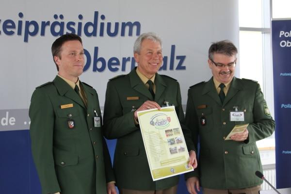 Polizeipräsident Rudolf Kraus (mitte) möchte den lockeren Dialog mit den Bürgern suchen. Foto: Liese