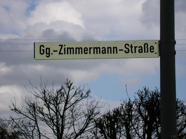 Eslarn ehrte den Missbrauchstäter Zimmermann mit einem Straßennamen. Foto: Werner