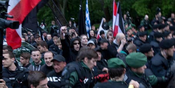 Gescheiterter Nazi-Aufmarsch am 11. Mai in Regensburg. Auf der Seite des Freien Netz Süd findet sich dazu kein Sterbenswörtchen. Stattdessen werden irgendwelche Angriffe erfunden. Foto: as