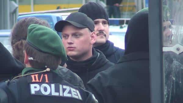 """Walter Strohmeierbei einem Aufmarsch des """"Freie Netz Süd"""" in Regensburg. Foto: Archiv/ Witzgall"""