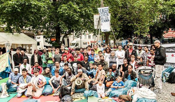Seit Samstag befinden sich in München 55 Flüchtlinge im Hungerstreik. Vier wurden bereits ins Krankenhaus eingeliefert. Fotos: privat