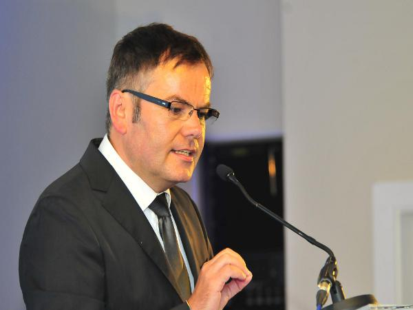 """""""Unsere CSU."""" Neumitglied Christian Janele konnte nur 15 Mitglieder überzeugen."""