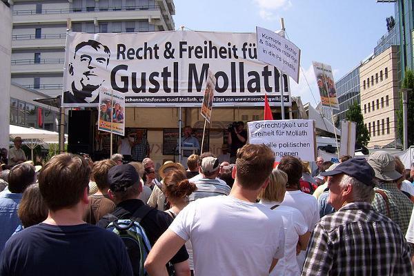 Konsequenzen aus dem Fall Mollath fordern viele (hier bei einer Demonstration im Juni in Nürnberg), doch nicht jede Forderung ist sinnvoll. Foto: http://www.flickr.com/photos/68082922@N06/