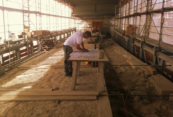 Mit der Fertigstellung des ersten Bauabschnitts ist mittlerweile ein neues Unternehmen beauftragt.