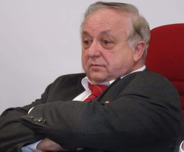Verärgert, aber auch ratlos: Norbert Hartl. In punkto Wohnungspolitik versucht die CSU derzeit die SPD mit allen Mitteln auszubooten. Foto: Archiv/ as