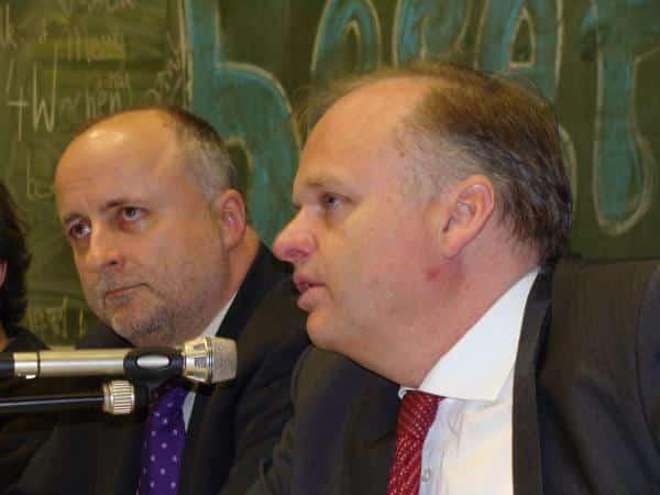 Ex-Rektor Thomas Strothotte (li) verteidigt Al-Khatib und übt scharfe Kritik an Kanzler Christian Blomeyer (re.). Foto: Archiv/ as
