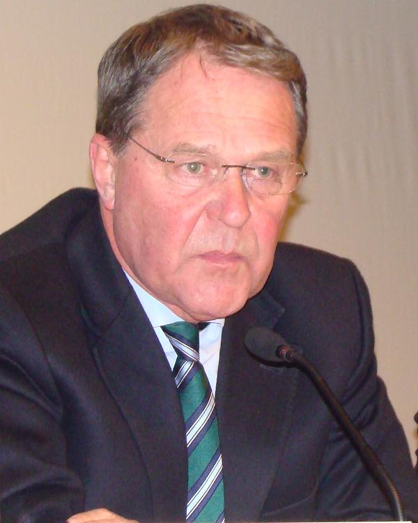 Machte Druck auf die Universitätsleitung: Wissenschaftsminister Dr. Wolfgang Heubisch (FDP). Foto: Archiv/ as