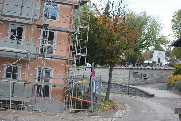 Direkt vom Fenster ins Grab springen: Das neue Seniorenheim in Freyung bietet seinen Bewohnern jeglichen Komfort ...