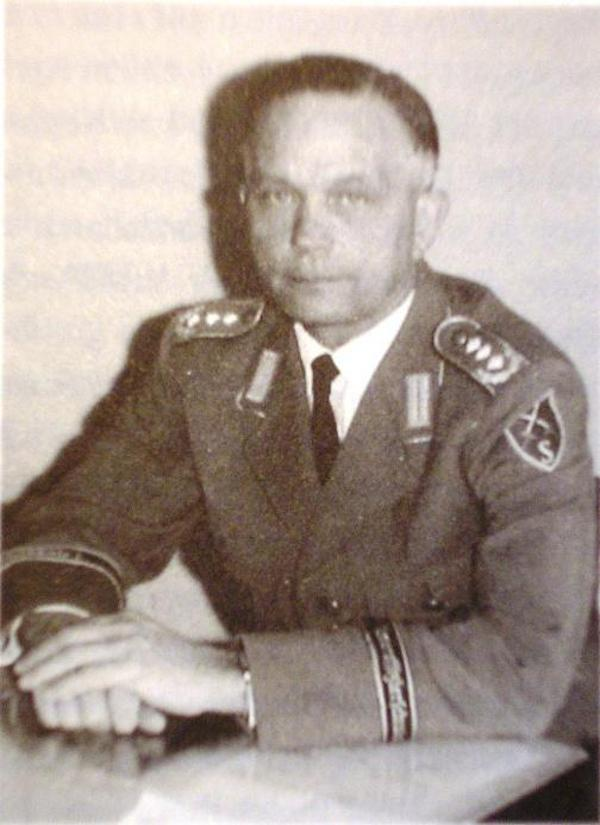 Robert Bürger als Kommandeur der Unteroffizierschule Sonthofen um 1965. Foto: privat