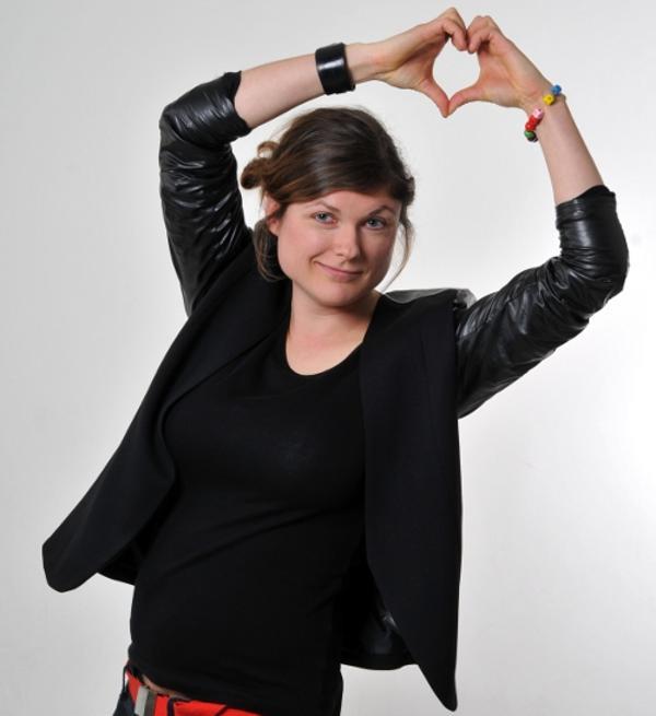 """Ihr """"Herz für Regensburg"""" erfährt recht wenig Unterstützung: OB-Kandidatin Tina Lorenz."""
