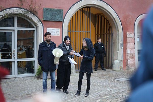 Mohammad Kalali (l.) und Omid Moradian vor ihrer Verhandlung.