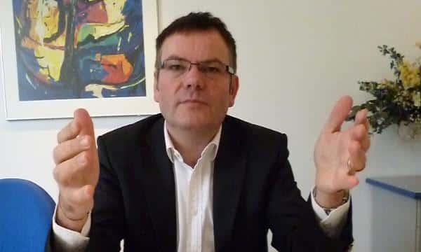 Will die Stadtbau-Mieten um 15 Prozent senken: Christian Janele. Foto: as