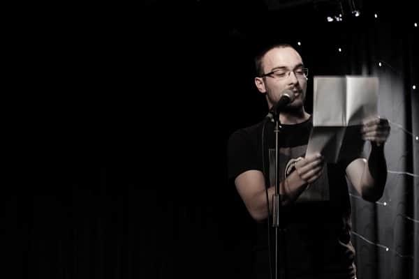 Der Poetry Slammer Stefan Dörsing im W1 - Zentrum für junge Kultur. Foto: Consuela Codrin.
