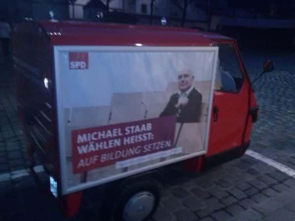 Ob die Reifen wohl von Michael Staabs Wahlkampf-Gefährt wohl von Conti sind? (Foto: hb)