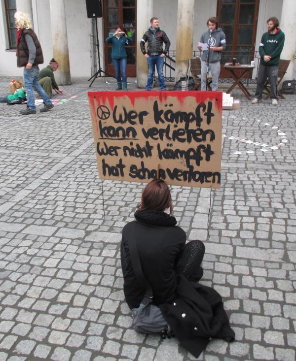 Regensburger Besonderheit: Die Montagsdemo findet dienstags statt... Foto: Archiv