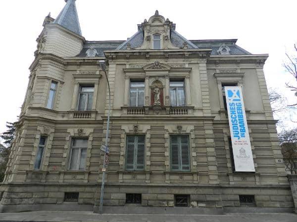 Die Villa Dessauer in der Hainstraße in Bamberg, gebaut im 19. Jahrhundert für die jüdische Hopfenhändlerfamilie Dessauer, wird heute als Stadtgalerie genutzt.