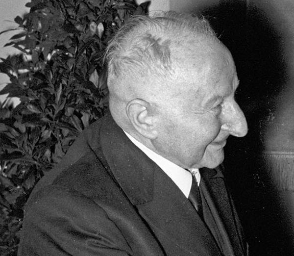 Der Antisemit Josef Engert 1962. Fotos: Stadt Regensburg