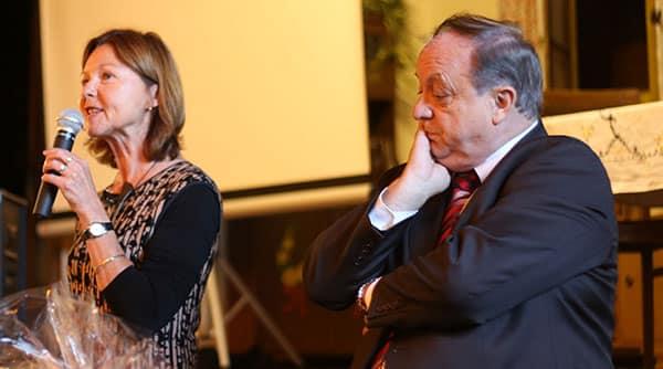 """""""Ich will alle Hände sehen."""" Margit Wild mit dem alten und neuen Fraktionschef Norbert Hartl."""