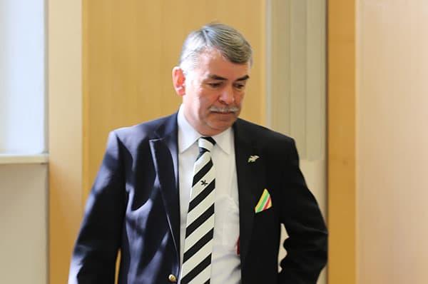 Verweigerte die Aussage und das Gespräch mit dem Gutachter: Gustl Mollath. Foto: ld
