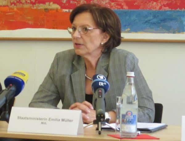 "Staatsministerin Müller bittet um die ""Solidarität der Bevölkerung""."