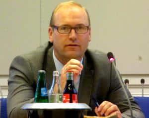 """Christian Schlegl: """"Dieser Humbug wurde uns als Entwurf der Verwaltung präsentiert."""" Foto: as"""