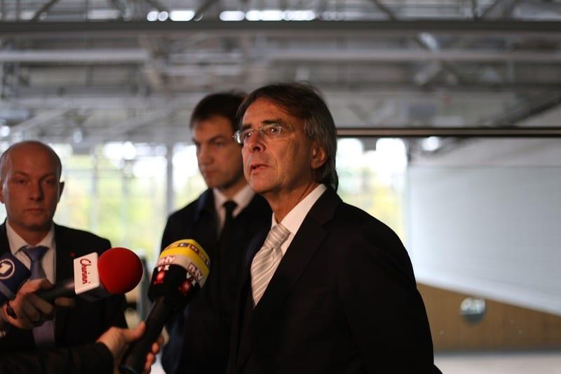 Axel Bartelt, Regierungspräsident der Oberpfalz, lobte die gute Kooperation mit der Stadt.