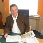 Ex-Bürgermeister Josef Schmid weist alle Vorwürfe zurück. Foto: Ostbayern-Kurier