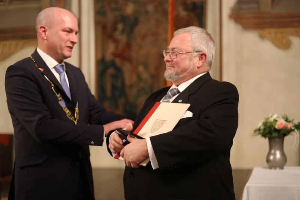 Ein freudiger Tag: Am 15. November erhielt Peter Welnhofer die Silberne Bürgermedaille