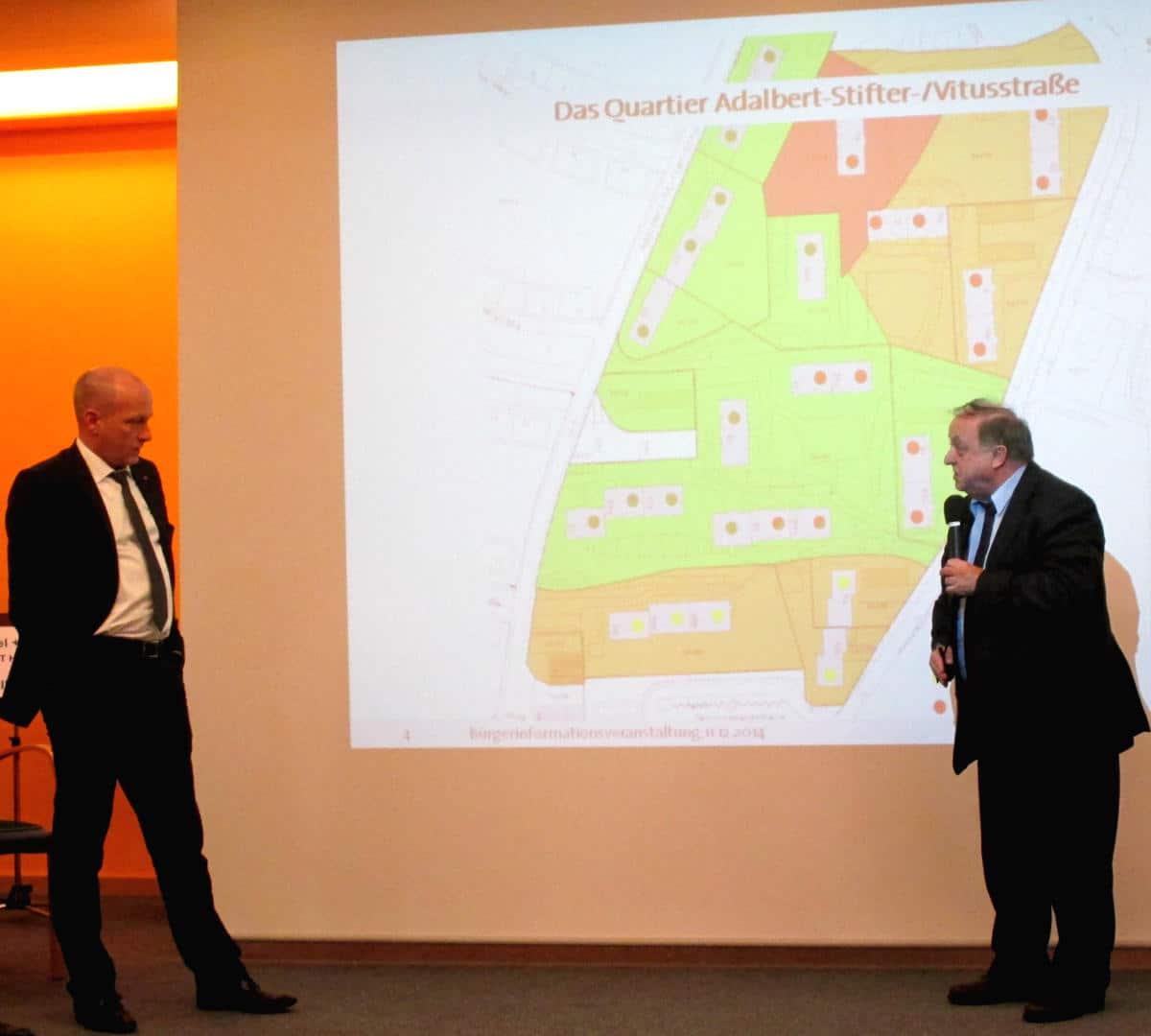 Blafften sich vor Publikum an: Joachim Wolbergs und Norbert Hartl. Fotos: as