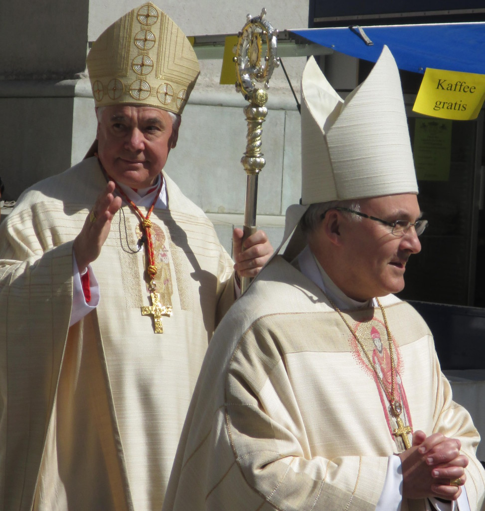 Zwei Bischöfe, gleiche Praxis: Sowohl unter Gerhard Luwid Müller als auch unter Rudolf Voderholzer findet keine systematische Aufklärung sexuellen Missbrauchs statt. Foto: Archiv/ as