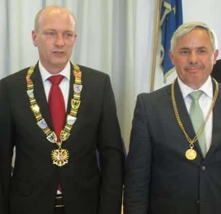 Sind sich ihrer Verhandlungsposition offenbar sicher: Verhandlungsführer Joachim Wolbergs und Bürgermeister Jürgen Huber, Ideengeber für die Landesgartenschau