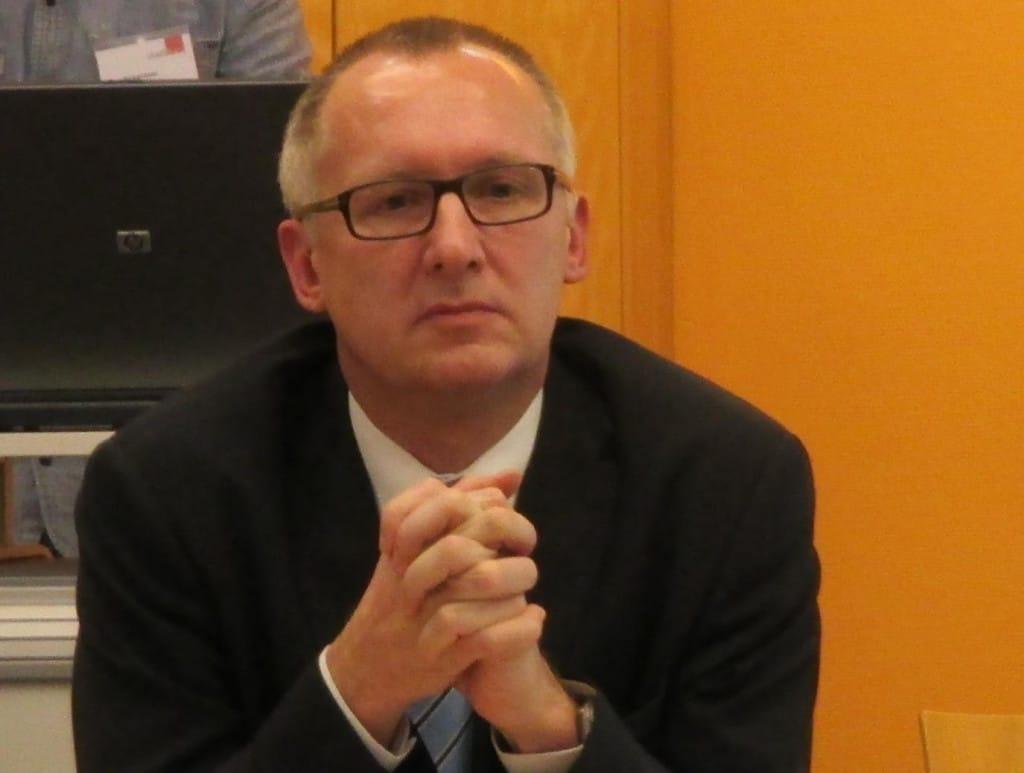 Verwies den Rechtsanwalt, der die Außenstände bezahlen wollte seines Büros: Stadtbau-Geschäftsführer Becker. Foto: Archiv/ as